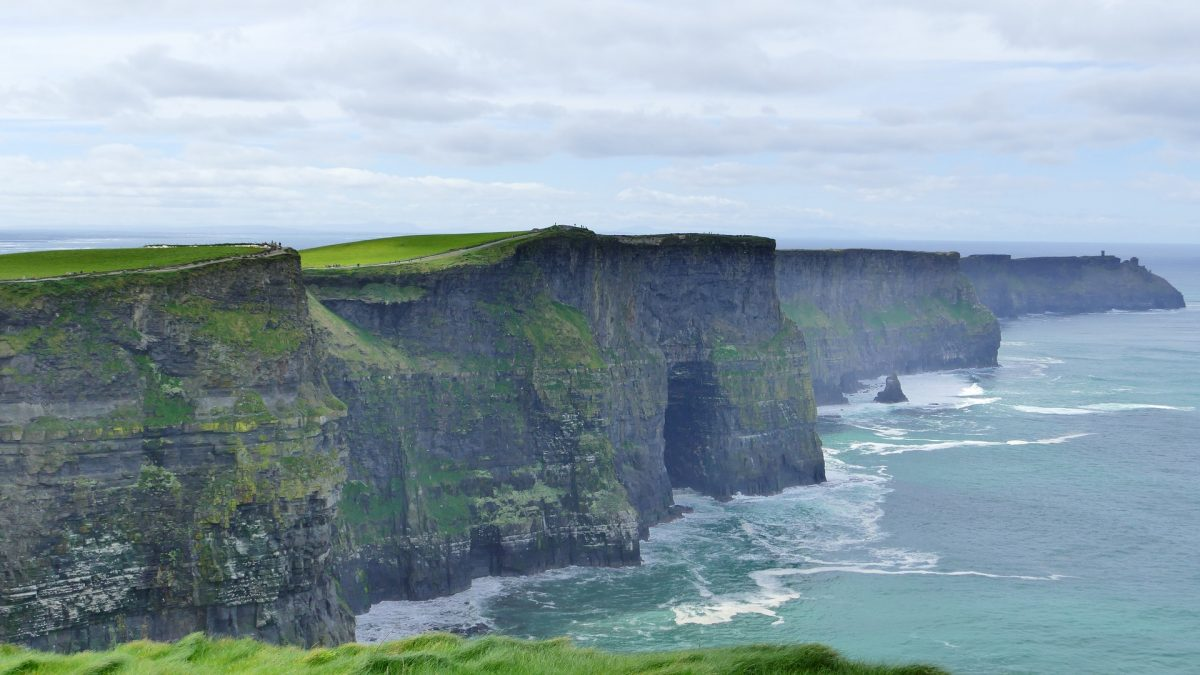 Private Driver Tours to Cliffs of Moher